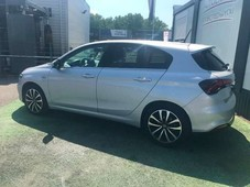 fiat tipo1.6 multijet 120ch lounge s s dct my20 5pfiat tipo1.6 multijet 120ch lounge s s dct my20 5p